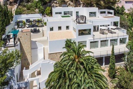 Modern villa med fantastisk utsikt i Son Vida