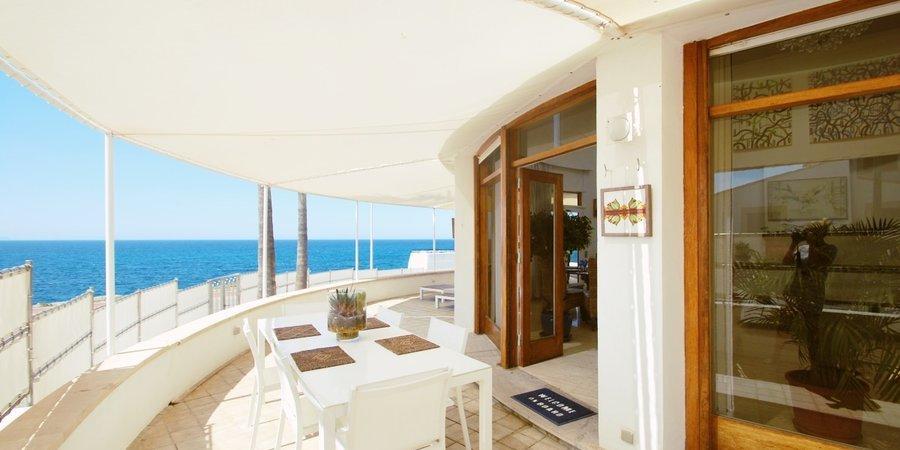 Fabulous front line villa on the beach in Sa Rapita