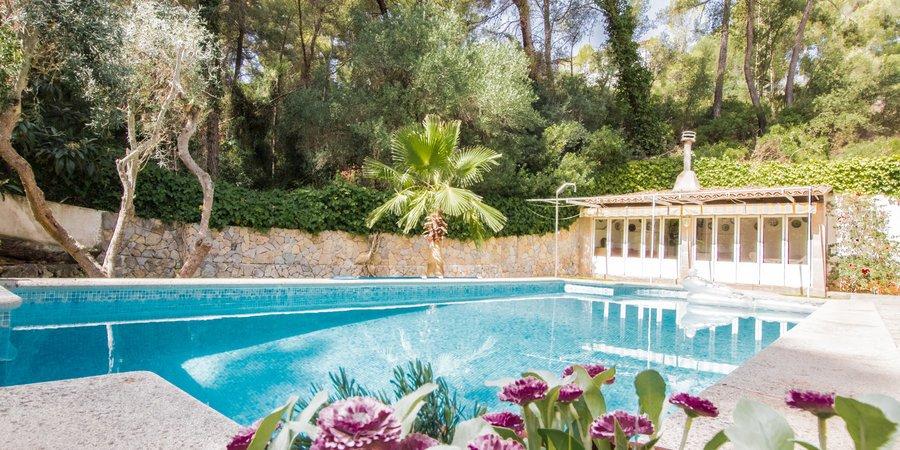 Stilig villa med fyra sovrum i Cas Catalá