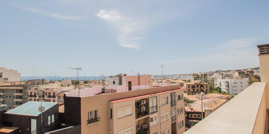 Bonito piso superior en Santa Catalina