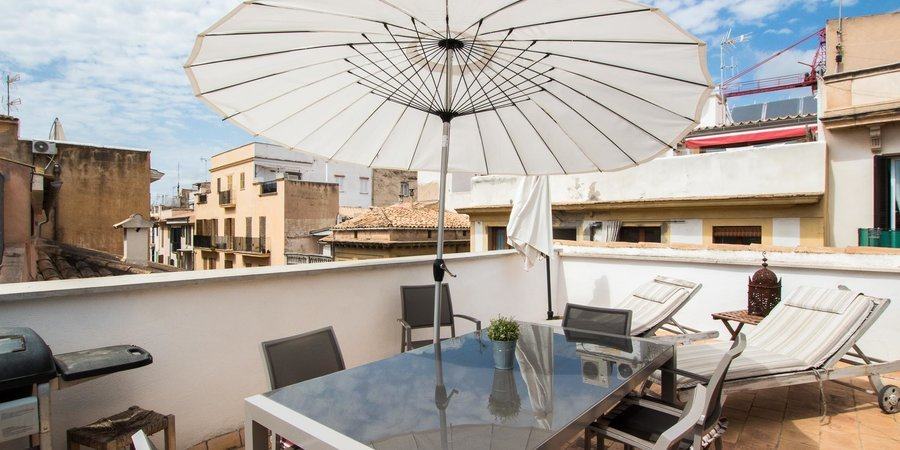 Delightful duplex penthouse in Old Town