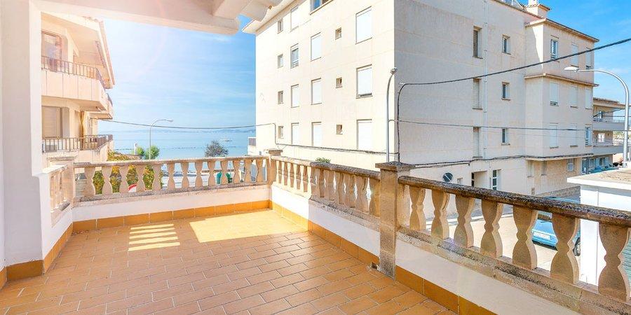 Casa espaciosa en Ciudad Jardín con vistas al mar