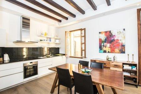 Nyrenoverad lägenhet i Gamla stan i Palma