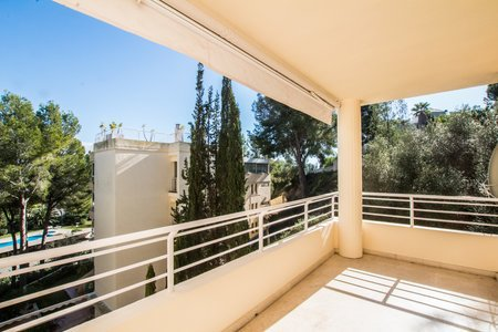 Renovated unfurnished apartment in Cas Catala