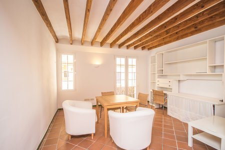 Pleasant two bedrooms apartment in Old Town