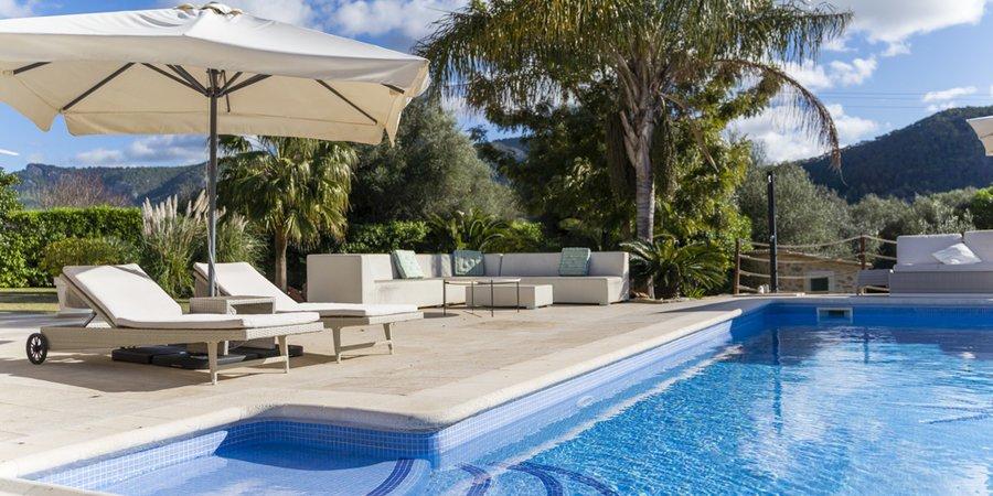 Fantastic contemporary villa with pool in Andratx