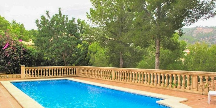 Beautiful villa with great views in Bendinat