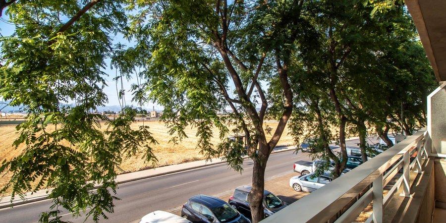 Schöne Wohnung mit drei Schlafzimmern und Terrasse in Molinar