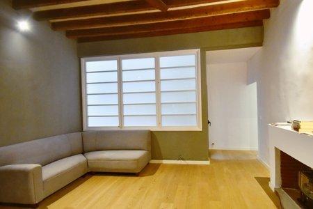 Smakfullt renoverad lägenhet i trendigt distrikt