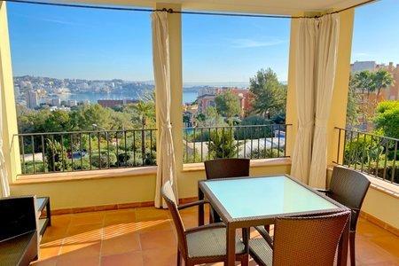 Apartamento con vistas al mar en un complejo exclusivo