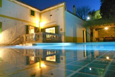 Radhus med pool i Bunyola