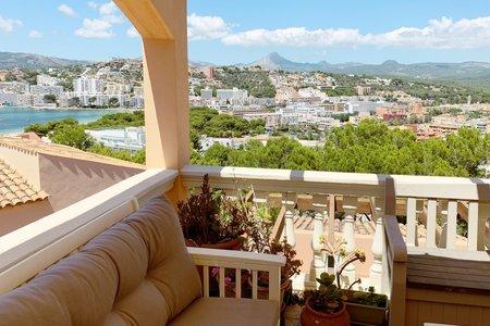 Apartment mit Terrasse und Weitblick zum Meer