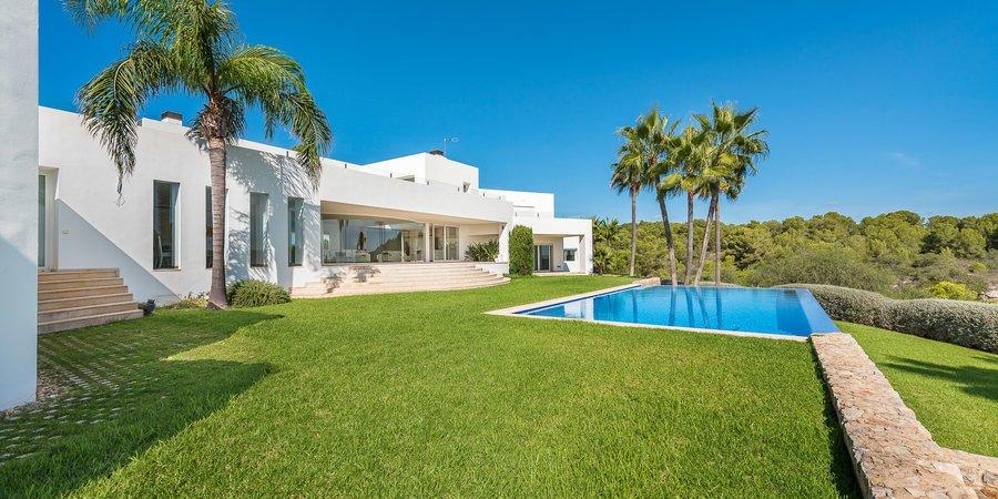Minimalistische Villa in Sol de Mallorca