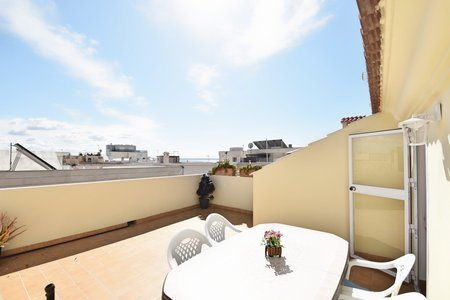 Newly renovated rental apartment in Molinar