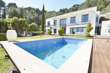 Wonderful detached vila for rent