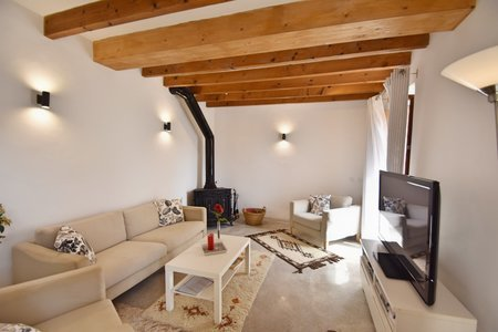 Charming town house in Sineu